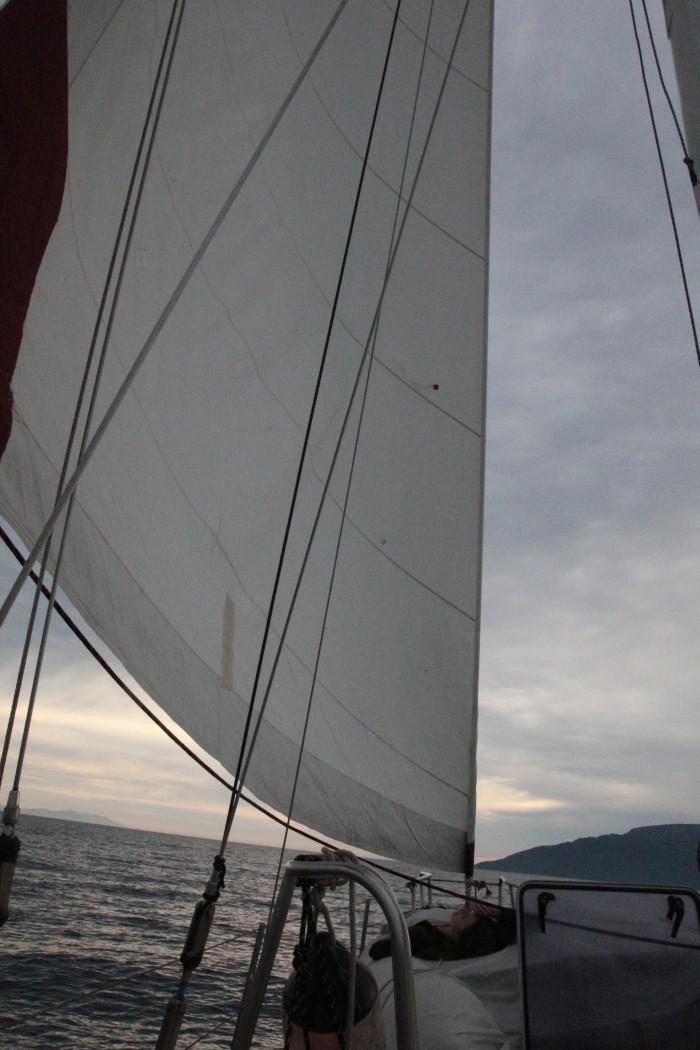 Как штопать паруса на яхте